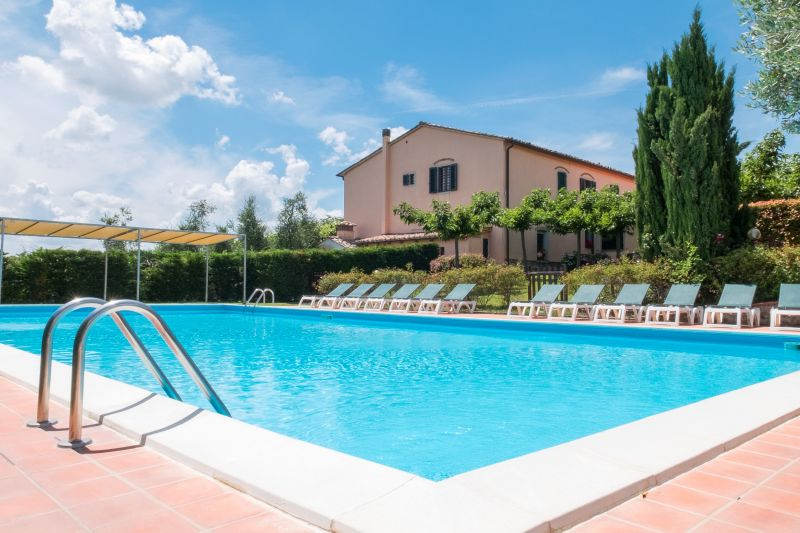 Location toscane piscine location piscine toscane maison for Location maison piscine italie